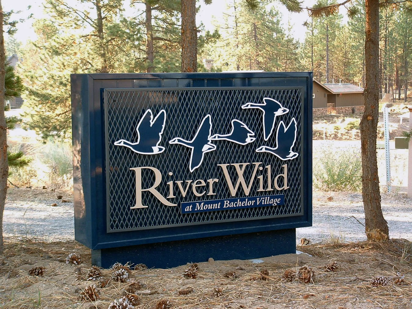Carlson Sign Company Bend Oregon Freestanding Signs